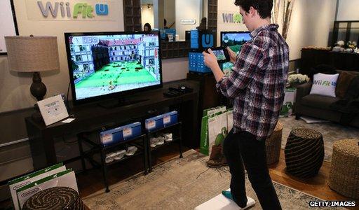 Sony tejkalon rivalin Nintedo në shitje