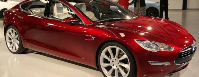 Tesla zbulon makinën elektrike të ardhshme që do të kushtojë 35 000 $