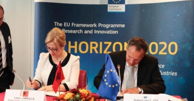 """MAS nënshkruan marrëveshjen """"Horizon 2020"""", programi i BE-së për kërkim shkencor dhe inovacion"""
