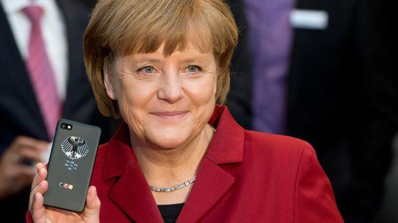 Ministria e Brendshme Gjermane do të blejë 20,000 smartfonë Blackberry për të shmangur përgjimet e NSA-së