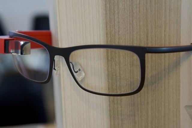 google-glass-prescription-frames-theverge-1_1020.0_standard_800.0