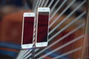 Studim: iPhone 6 dhe 6 Plus më të fortë dhe të qëndrueshëm se Galaxy S5 dhe iPhone 5S