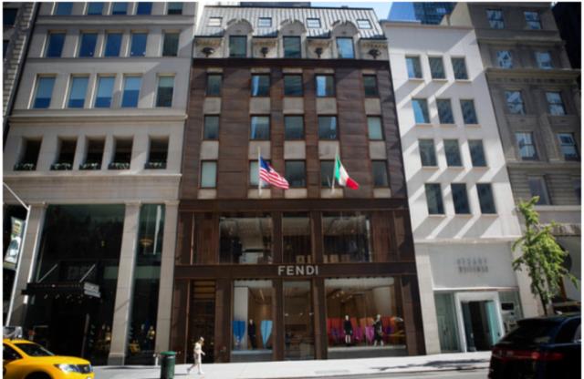 Microsoft konfirmon hapjen e pikës qendrore të shitjeve në New York