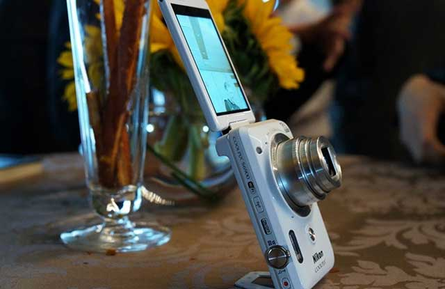 Nikon prezanton aparatin fotografik posaçërisht për selfie Coolpix S6900
