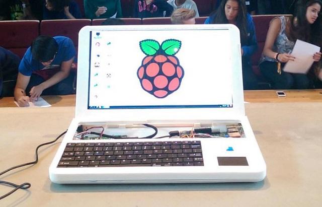 Inxhinierët britanik kanë ndërtuar një laptop Raspberry Pi në printer 3D