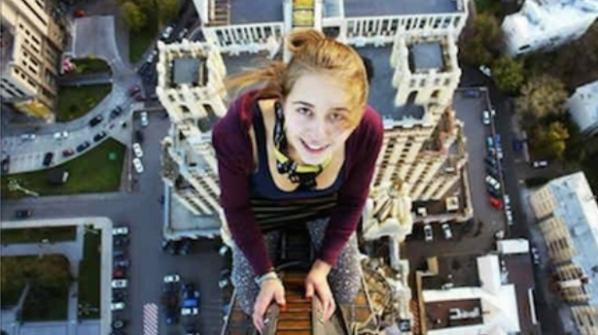 10 selfie të realizuara pak momente përpara vdekjes (Fotogaleri)