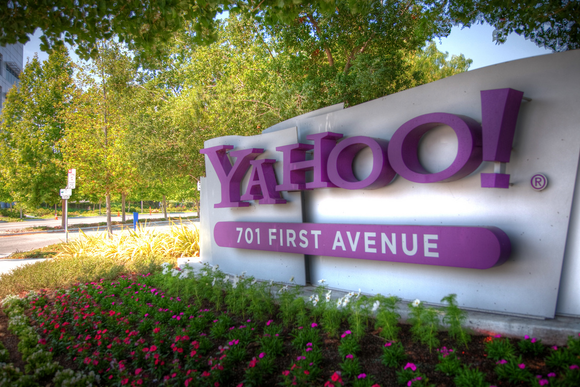 yahoo-sign-100357499-large