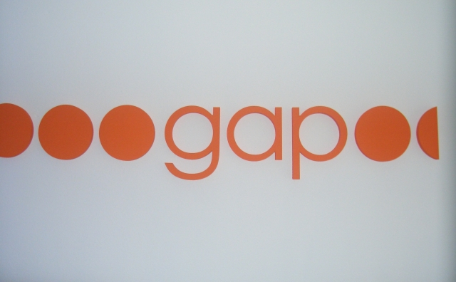 Instituti GAP: Kosova dhe Shqipëria të ulin ose heqin tarifën roaming