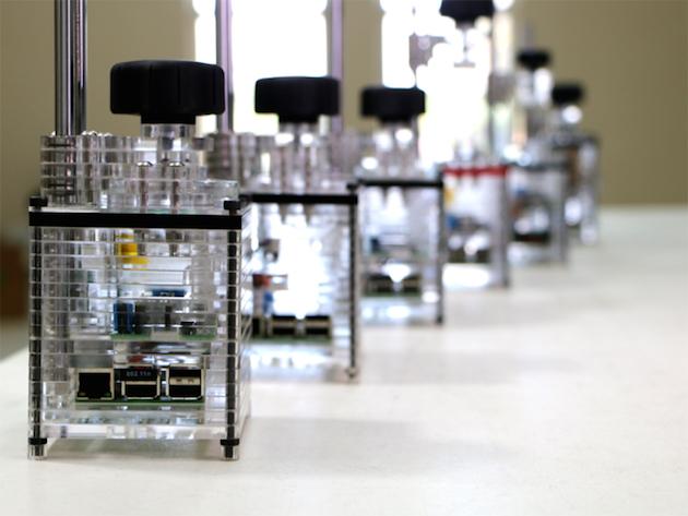 Printeri iBox Nano 3D është pothuajse aq i lirë sa është dhe i vogël