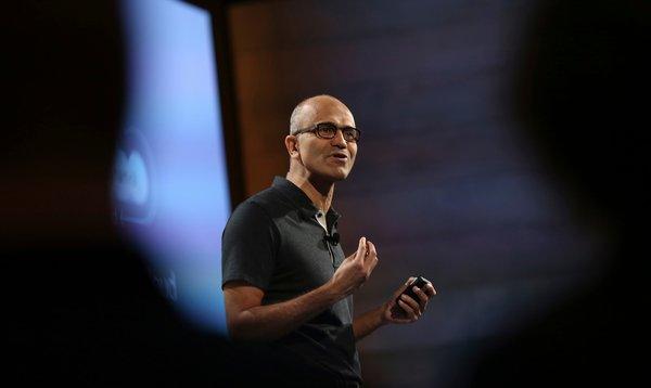 Microsoft surprizon përsëri, Office Suite do të vijë falas në smartfonë