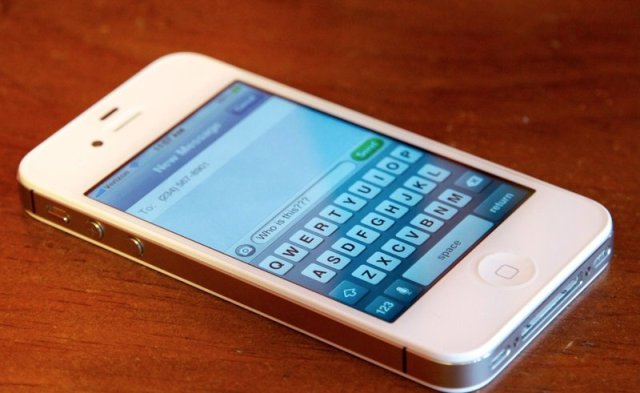 iPhone_iMessage.0_standard_800.0