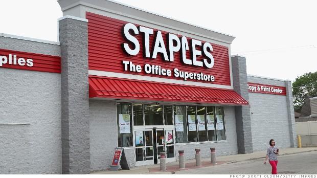 Hakimi i Staples, ekspozohen të dhënat e 1.2 milion kartave të kreditit