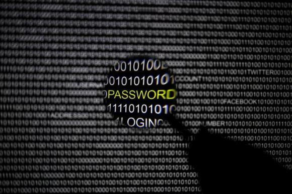 FBI paralajmëron se hakerat Iranian kanë vënë në shënjestër SHBA-të