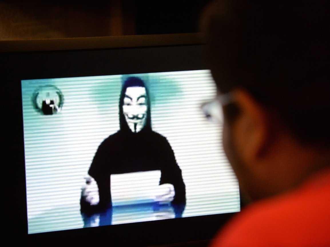 Anonymous publikon 13.000 fjalëkalime të përdoruesve të uebfaqeve të ndryshme