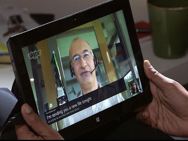 Microsoft fillon testimin e përkthimit me zë në thirrjet e Skype