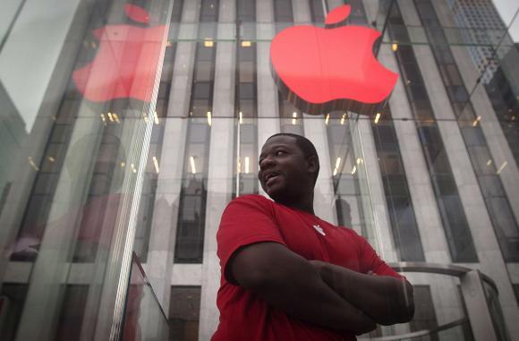 Macintosh-ët u përditësuan për herë të parë automatikisht nga Apple