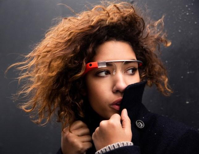 Intel do të bashkëpunojë me Luxottica për të sjellë të ardhmen e syzeve inteligjente