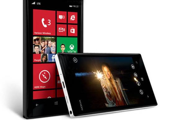 Përditësimi Lumia Denim i disponueshëm në Lumia 820, injorohet Lumia 930