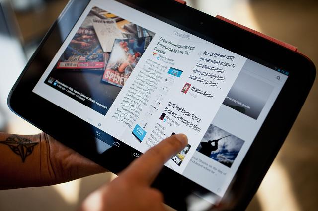 Flipboard thyen hegjemoninë e aplikacioneve mobile, tani i disponueshëm edhe nga shfletuesi juaj