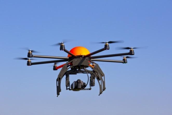 Tani dronët do të mund ti kontrollojmë thjesht me mendjet tona