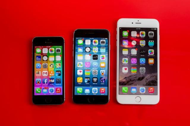 Njerëzit po preferojnë gjithnjë e më shumë smartfonët e përmasave të mëdha