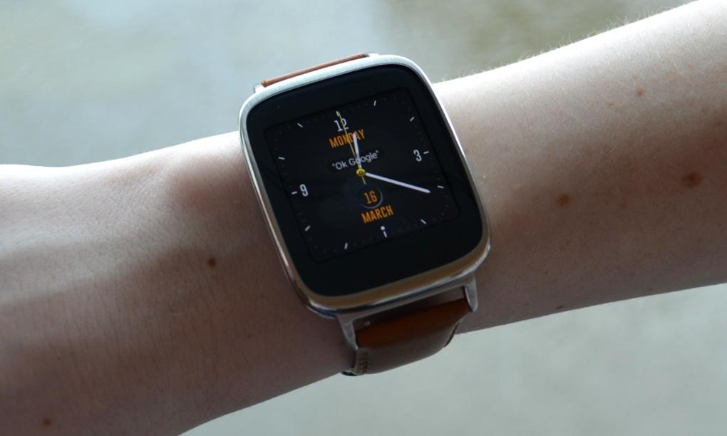 Vështrim i detajuar i orës inteligjente Asus ZenWatch