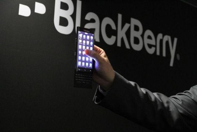 Edhe BlackBerry ka në plan të lançojë një telefon me ekran të lakuar