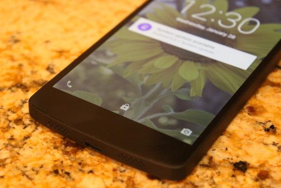 Android Smart Lock është i aftë të kuptojë se kur po mbani telefonin në dorë