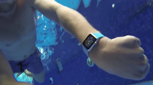 Ora inteligjente Apple Watch i mbijeton 15 minutave nën ujë