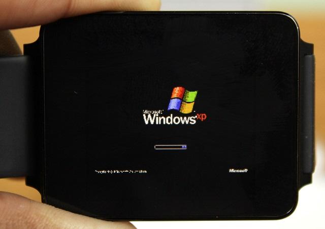 Windows XP ka gjetur rrugën për hyrë në një orë inteligjente Android Wear