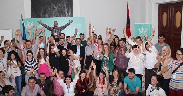 Startup Weekend Tirana kurorëzon fituesit e edicionit të katërt