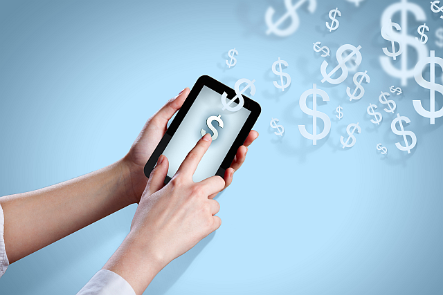 Apple-vs-android-buy-ecosystem-not-phone-tablet-device-apps-money