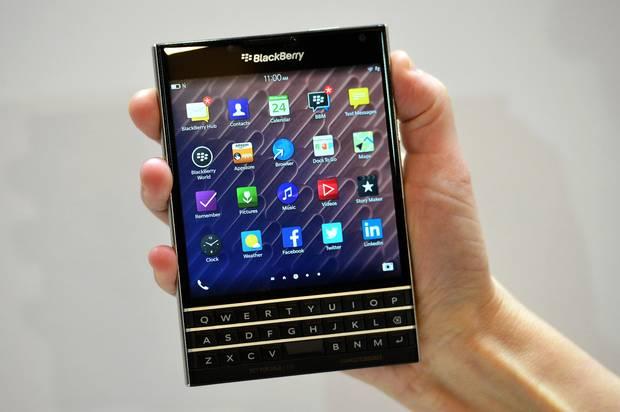 BlackBerry mund të reduktojë prodhimin vjetor të smartfonëve në vetëm një