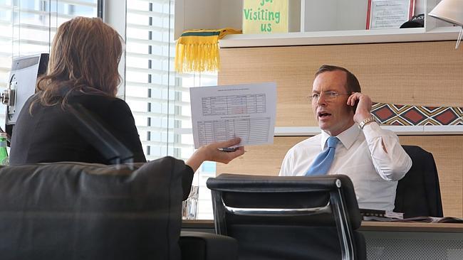 Kryeministri i Australisë preferon BlackBerry-in ndërsa gjithë departamenti i tij përdor një Apple iPhone