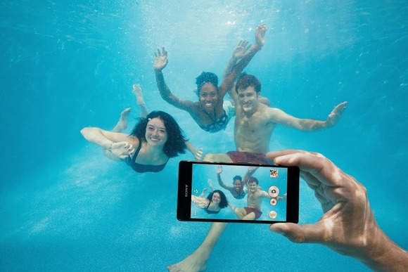 Sony paralajmëron: Mos i përdorni vazhdimisht smartfonët Xperia nën ujë