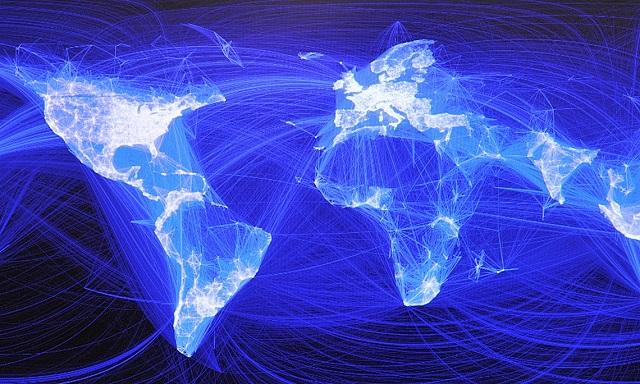 Njohje të reja dhe Revolucion: 7 mënyra sesi Facebook ka ndryshuar botën