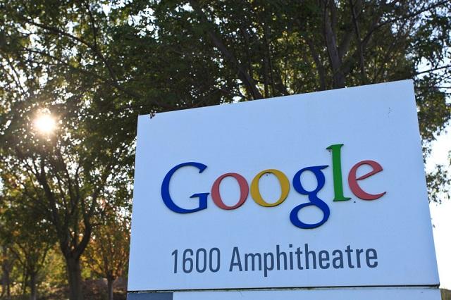 """Franca i thotë Google: """"E drejta për tu harruar"""" duhet të implementohet globalisht"""