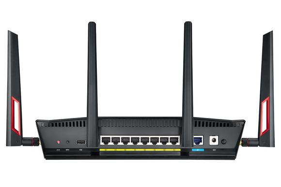 Asus RT-AC88U është routeri i parë 802.11ac i cili ofron 8 porta ethernet gigabitëshe