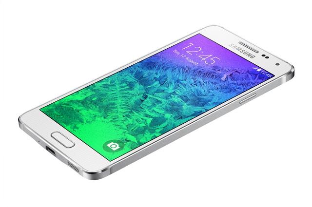 IDC: Samsung ka shitur më shumë telefonë sesa Apple dhe Huawei së bashku
