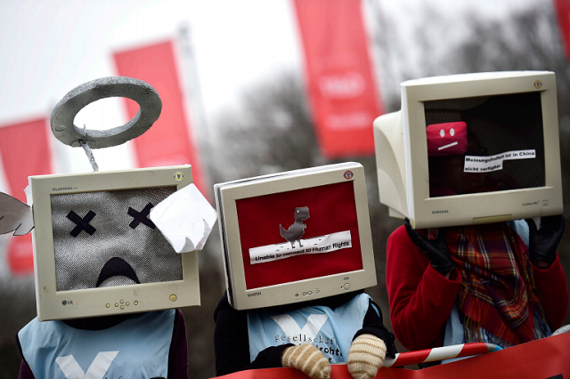 Liria e Internetit: Islanda e para, Kina e fundit citon raporti i Freedom House