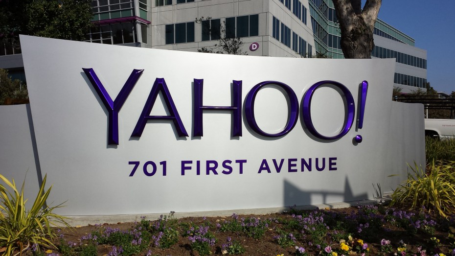 Termat më të kërkuar në motorin e kërkimit të Yahoo: iPhone 6 dhe Windows 10
