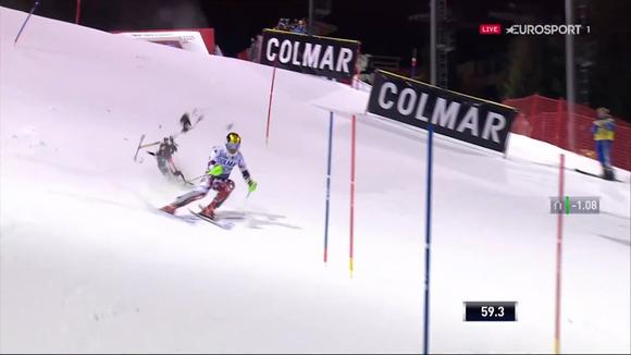 Video: Skiatori austriak i shpëton përplasjes me një dron në një fraksion sekonde