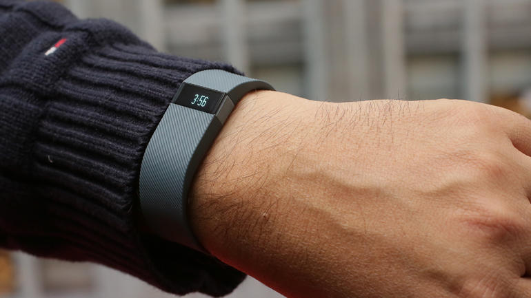 fitbit-charge-product-photos01