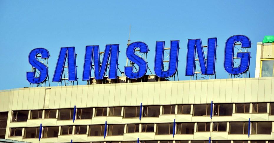 Samsung prezantoi tre modele të reja të telefonëve premium Galaxy A 2016