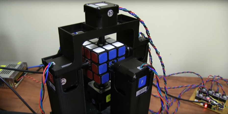rubiks_cube_robot_1_second-930x467