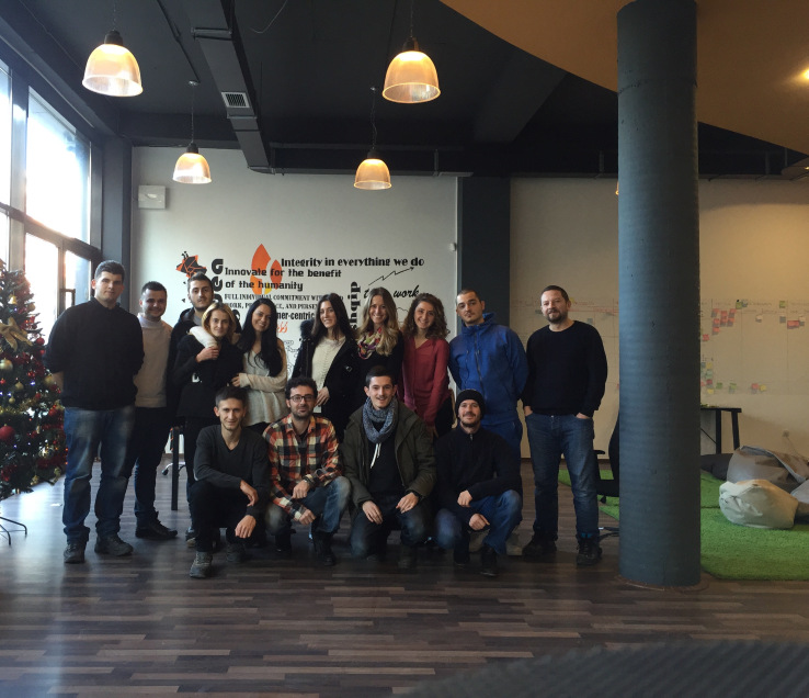 Startupi i kërkimit në internet Gjirafa përfiton 2 milion dollar investim për të dërguar Shqipërinë online
