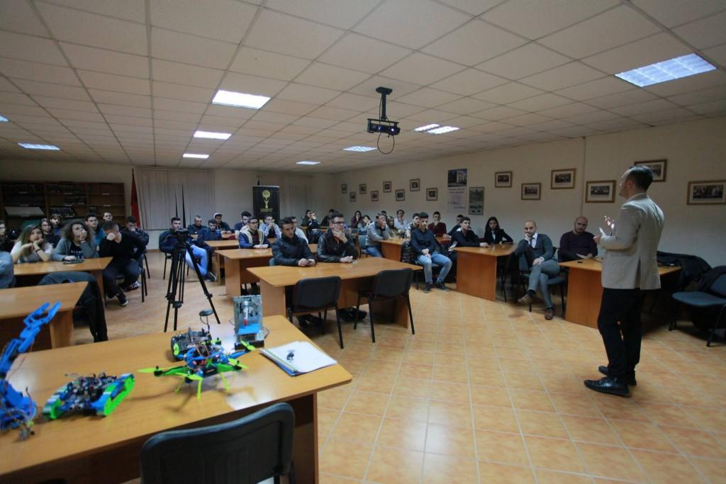 """Universiteti """"Luigj Gurakuqi"""" i Shkodrës dhe Instituti Harry Fultz në Tiranë ishin ndalesat e radhës të Albanian ICT Awards"""