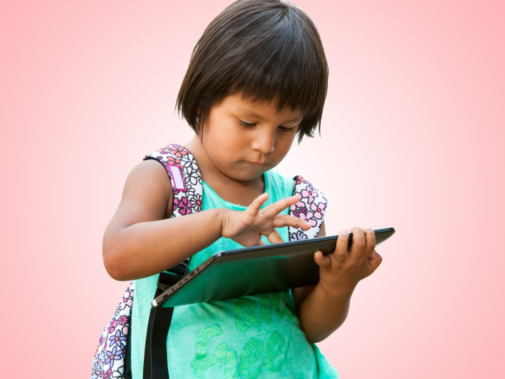 child-with-tablet