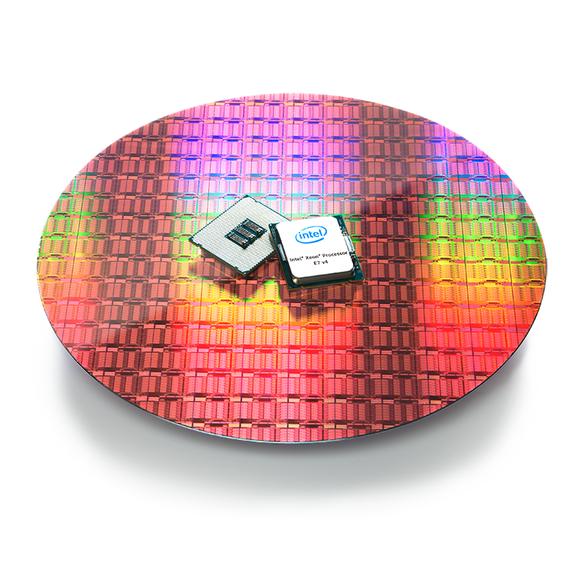 Intel prezantoi një tjetër proçesor të fuqishëm, modelin me 24 bërthama Xeon 8890v4
