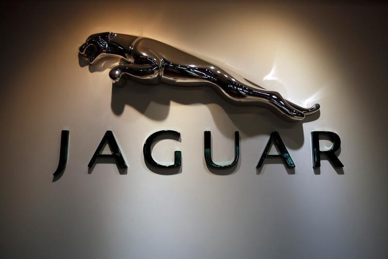 Jaguar Land Rover do të prodhojë 100 makina autonome brenda 2020-tës